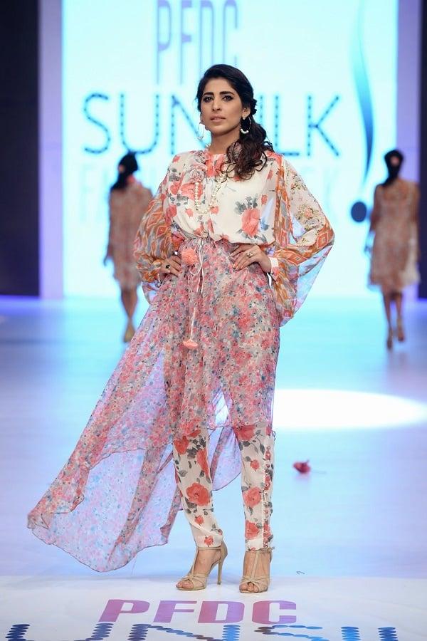 PFDC-sunsilk-fashion-week-Sahar-Atif-Floral-Prints