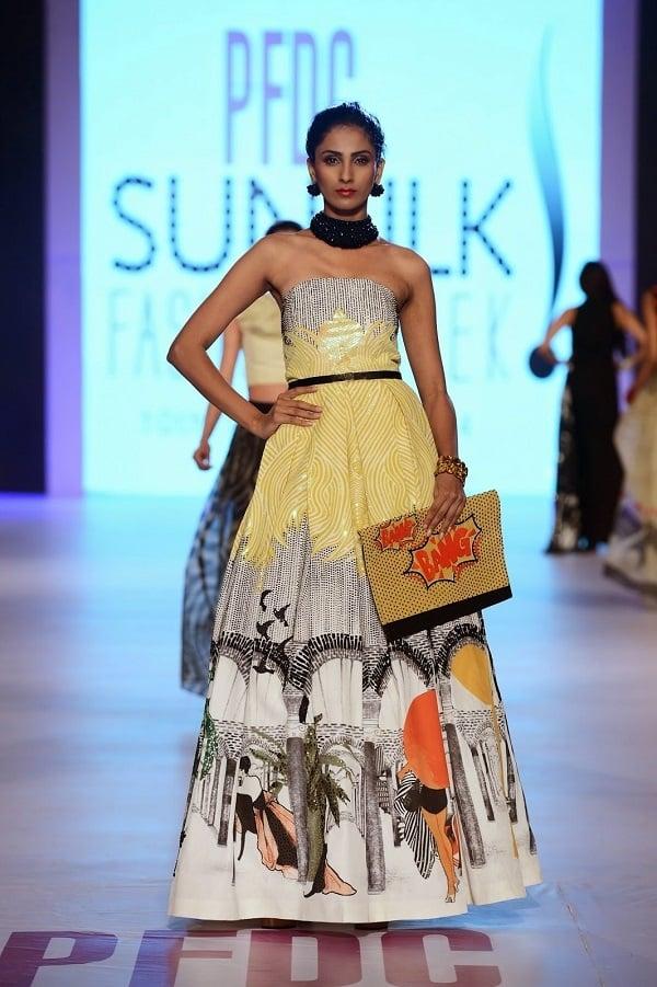 PFDC-sunsilk-fashion-week-Elan-Envelope-Bag