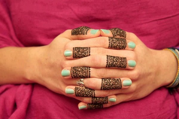 Simple Arabic Mehndi Designs For fingers For Beginners