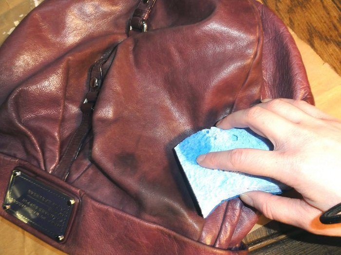 cleaning-leather-bags