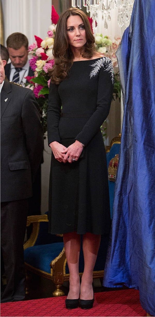 Kate-Middleton-royal-tour-jenny-packham