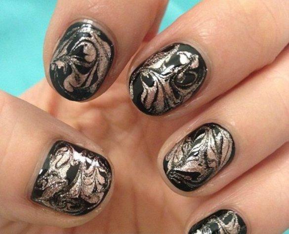 magnetic marbling nail art