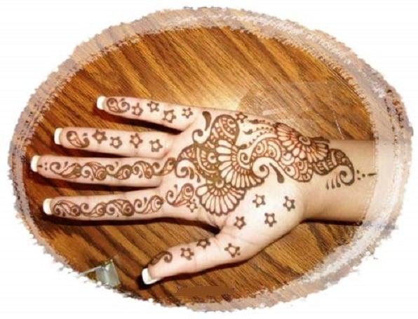 Simple Mehendi Designs to try