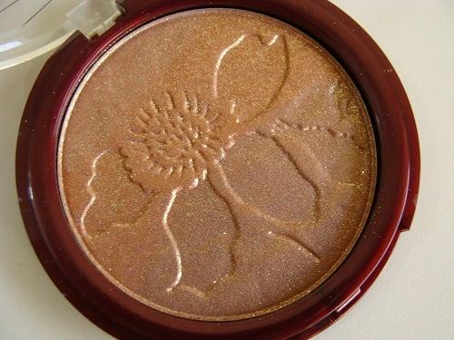 Lakme Gold Dust Shimmer Bronzer