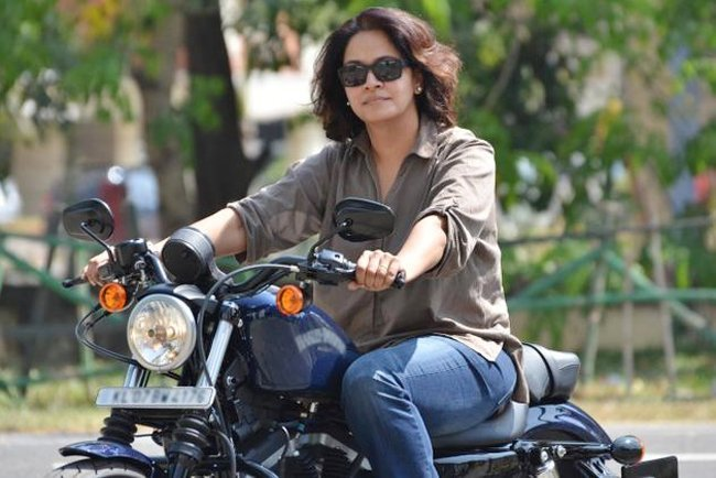 Women who love to ride their Bullet Motorbikes