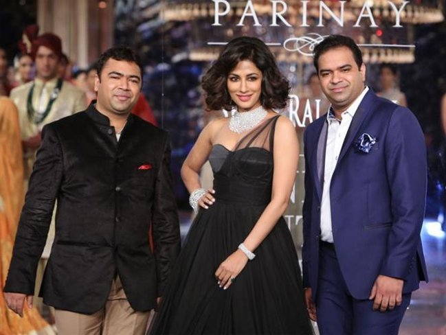 Chitrangada Singh for Shree Raj Mahal Jewellers at India Couture Week 2014