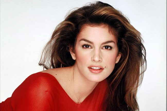 Cindy Crawford host MTV House of style