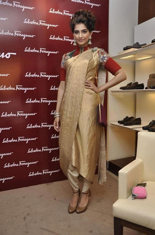 Sonam Kapoor in Anamika Khanna at Salvatore Ferragamo Event