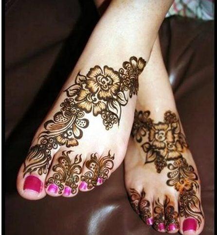 Eid mehendi designs for legs