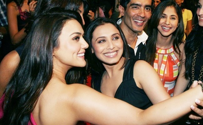 Bollywood Celebrities Selfie Movements