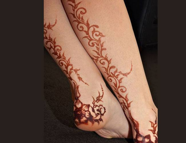 Mehndi Leg Tattoos : Indian henna designs u2013 unfold deeper meanings & significances