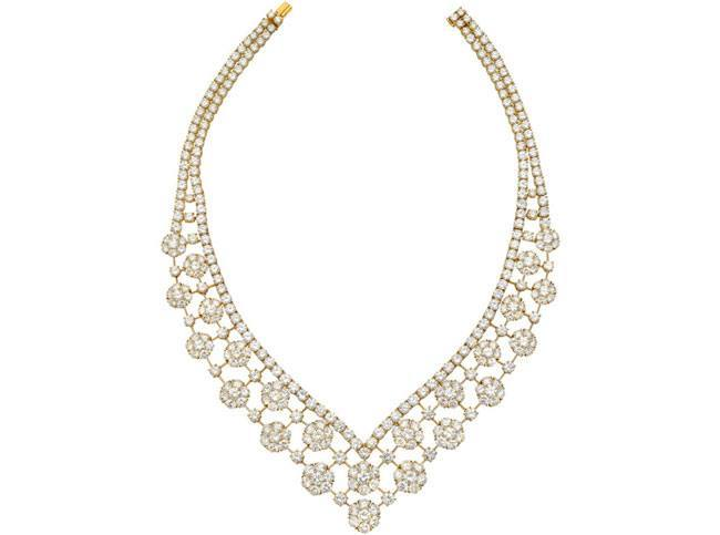 van cleef arpels snowflake necklace diamond
