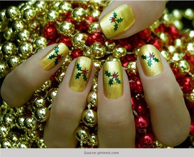 Top-10-Christmas-Nail-Art-Designs-for-Beginners