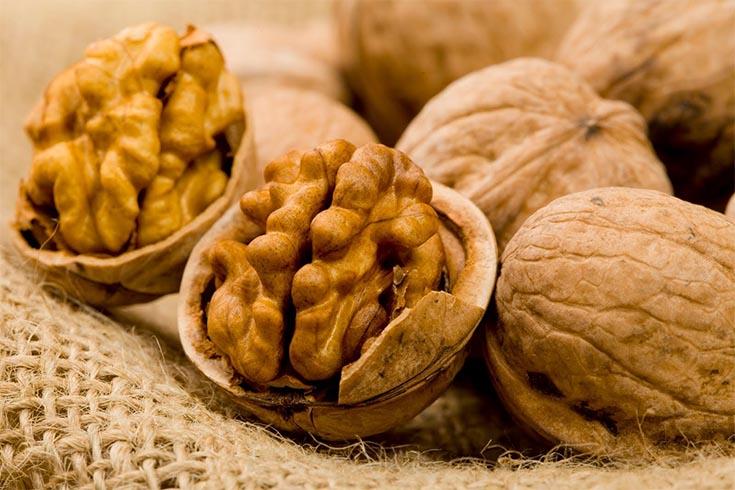 Walnuts Fight Breast Cancer