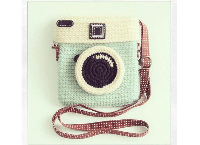awesome looking camera Handbag