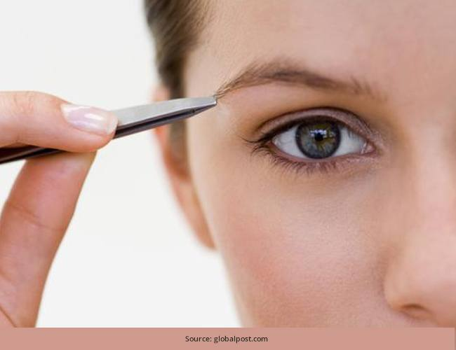 How to Tweeze your Own Eyebrows