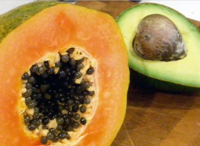 papaya-with-avacado