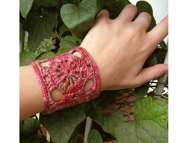 pretty wrist cuff