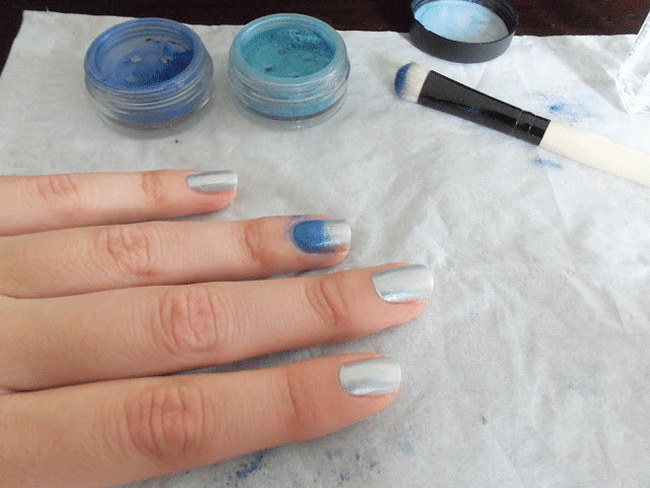 use Pigments as a Nail Polish