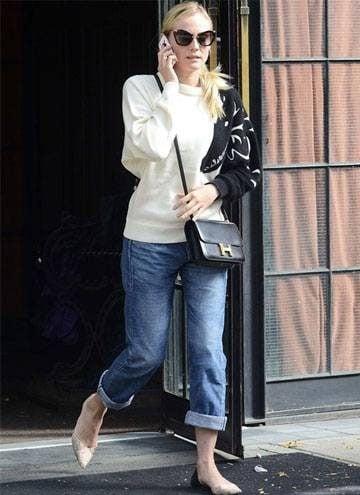 Boyfriend jeans outfit 12
