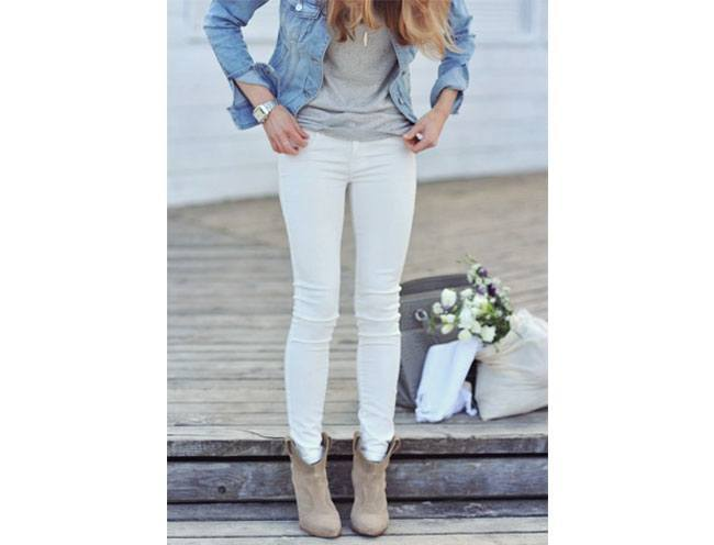 Ankle boots with rolled skinny jeans