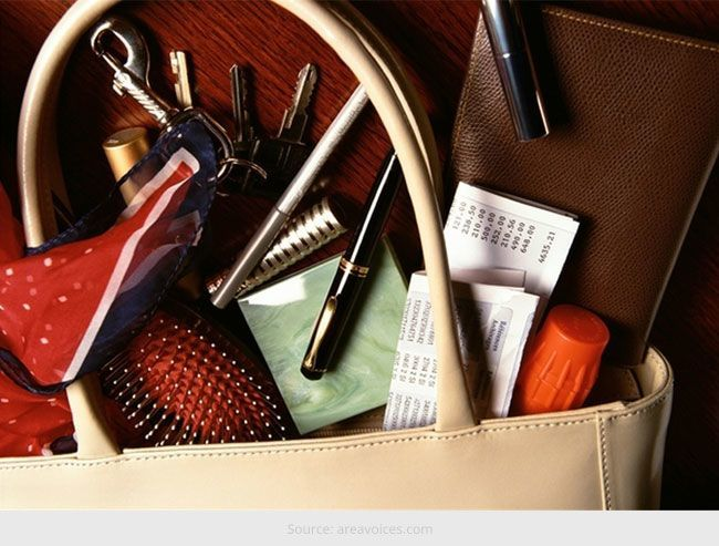 How to Organise Your Handbag