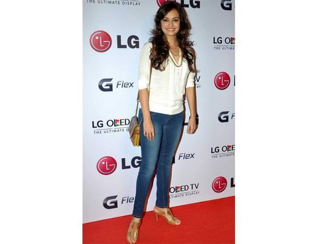 LG-G-Flex-Smartphone-Launch
