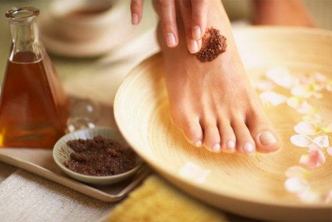 Peppermint Honey Feet Treat