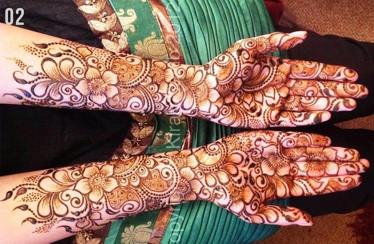Marwari flower mehndi design.