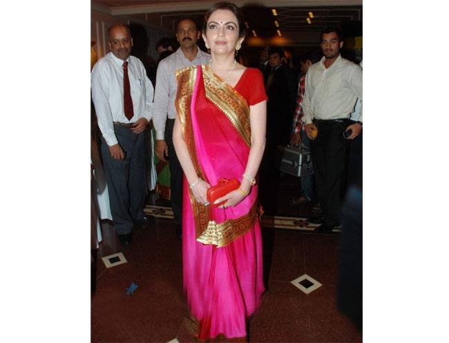nita ambani at cnn ibn heroes event