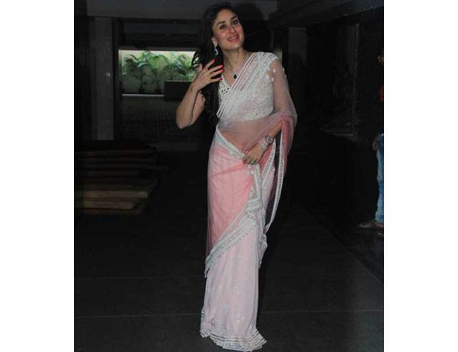 Kareena Kapoor goes the Manish Malhotra way