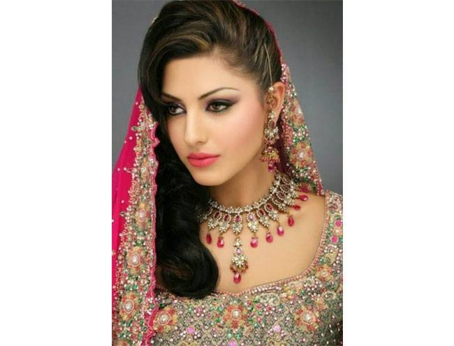 Pakistani Bride Hairstyles
