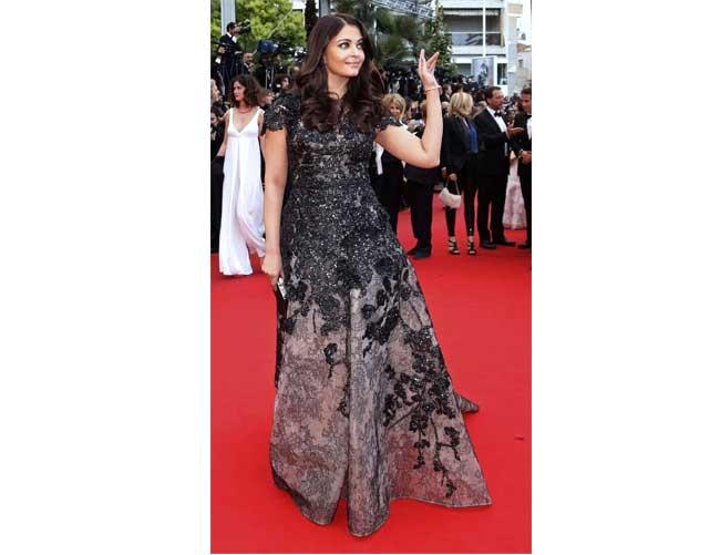Aishwarya Rai Bachchan in Ellie Saab Gown