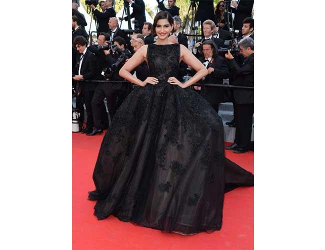 Sonam Kapoor in Elie Saab Gown