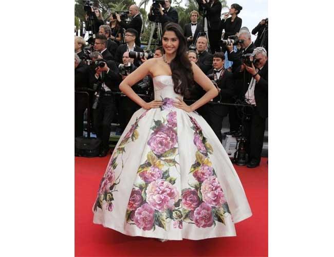 Sonam Kapoor in Dolce & Gabbana Gown