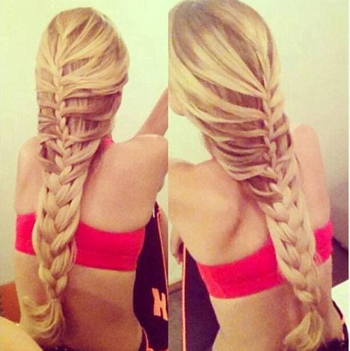 loose French braid hairstyle