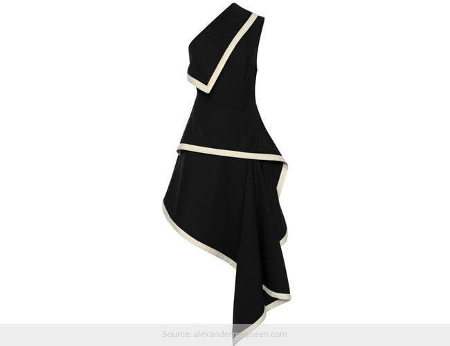 How to Wear Asymmetrical Dresses