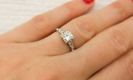 How to make Your Engagement Ring Solitaire Look Larger