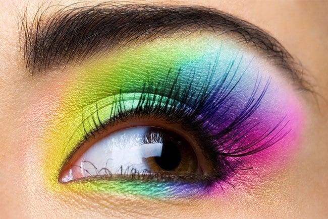 How to Rock Halo Eyeshadow Like a Pro - Halo Eye Makeup [7