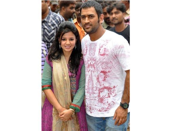 Sakshi Dhoni wife of Mahender Dhoni
