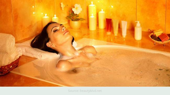 Top 7 Essentials for a Perfect and Relaxing Bath