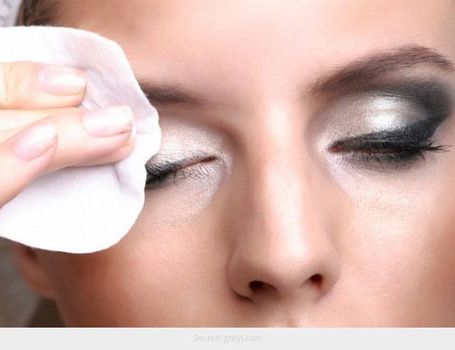 Best Eye Makeup Removers available in India