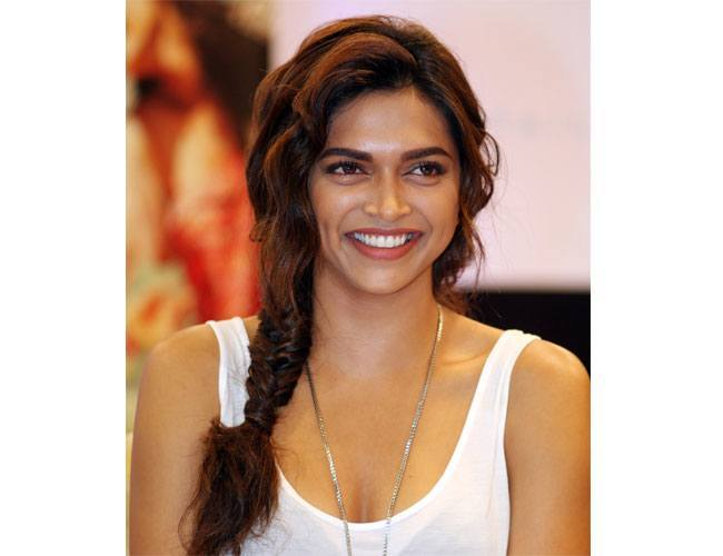 Deepika Padukone - The Quintessential Beauty of Bollywood, One Face with Many Talents