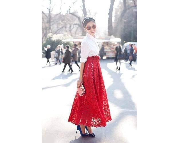 Don the maxi skirt vibe