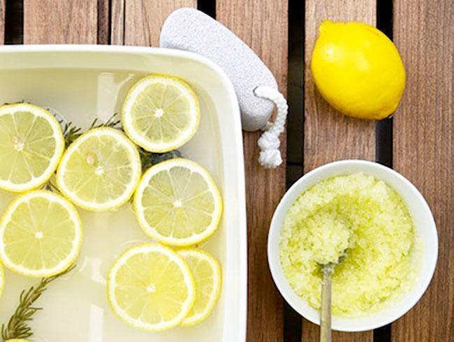 Lemon peppermint foot scrub