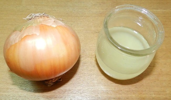 Onion juice to Treat Pimple On Nose