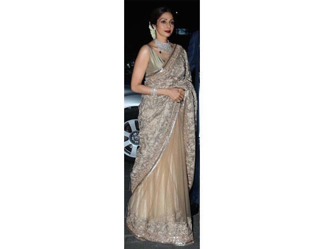 Sridevi-In-Manish-Malhotra-At-Tulsi-Kumar-Hitesh-Ralhan-Wedding-Reception