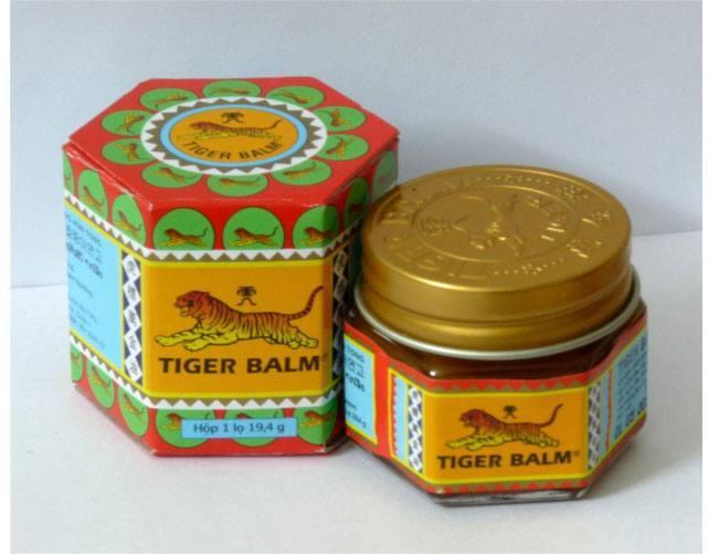 Vicks or Tiger Balm in mehndi