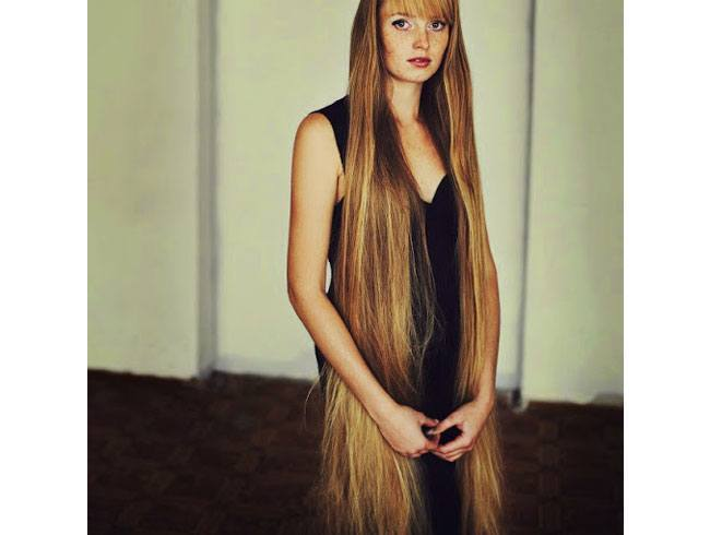 Women with super long hair is often afraid of change in her life