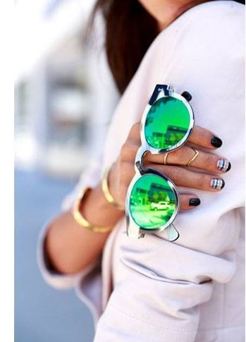 Accessories and Colours